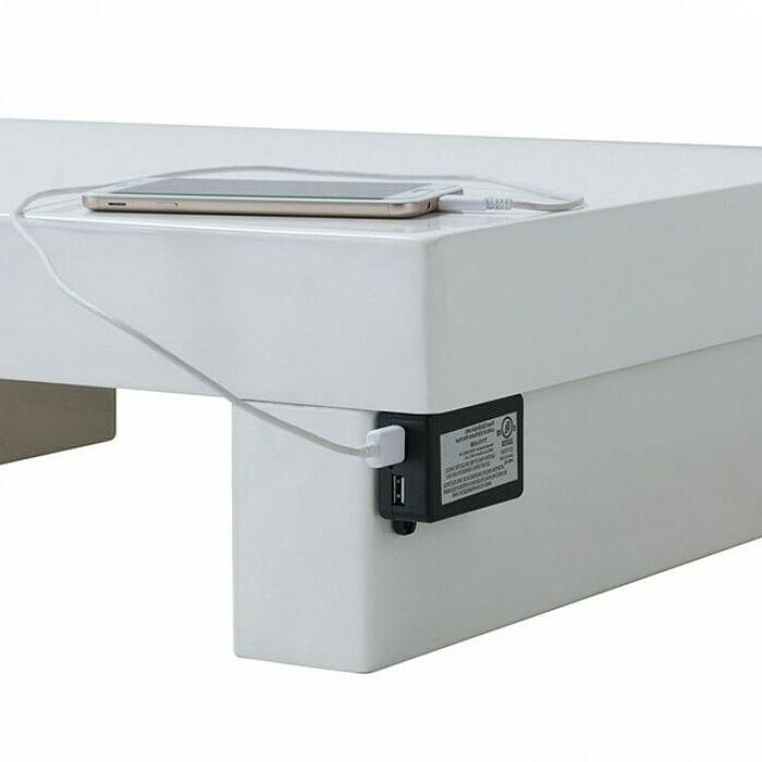 Furniture of Christie Night Stand White CM7550N